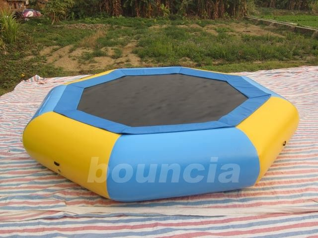 Customized 0.9mm PVC Tarpaulin Inflatable Floating Trampoline For Kids Games